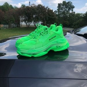 COPY - Balenciaga triple S neon green size 44